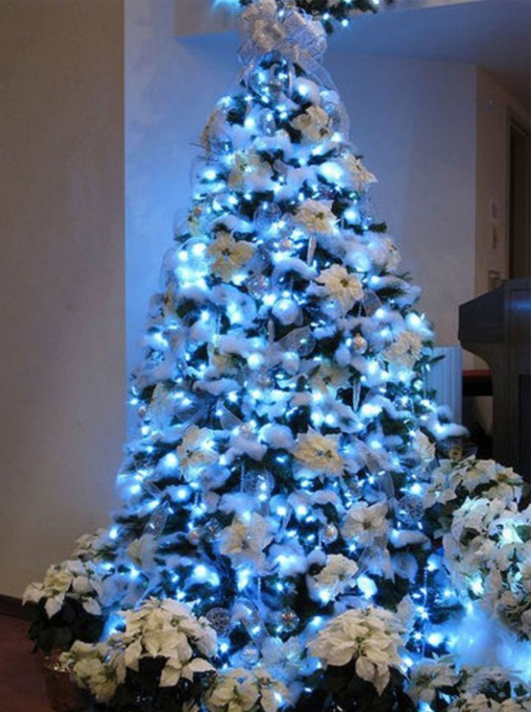 christmas tree decorating ideas 2017 - Blue White Christmas Decorating Ideas
