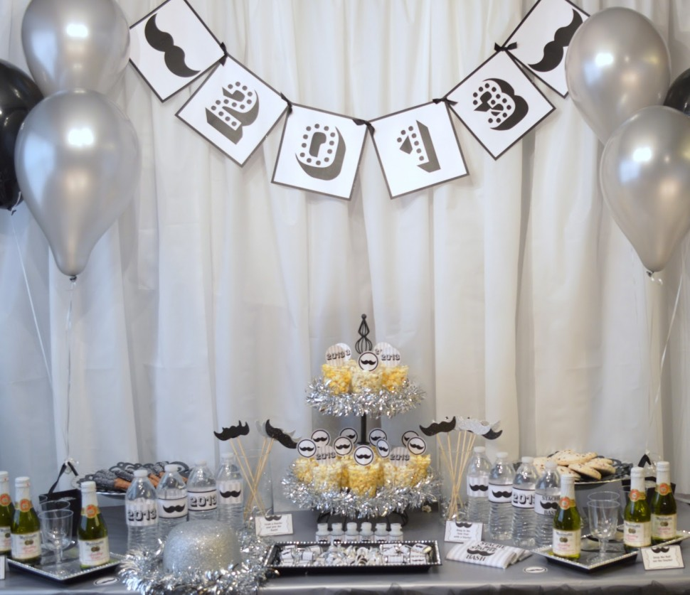 50 Inspirational New Year's Eve Party Decorations Ideas